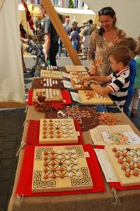 senieji stalo žaidimai edukacija vaikams