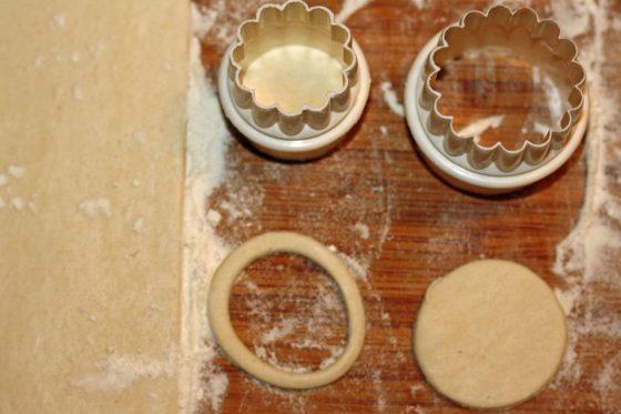 kaip iškepti sluoksniuotos tešlos šulinėlius