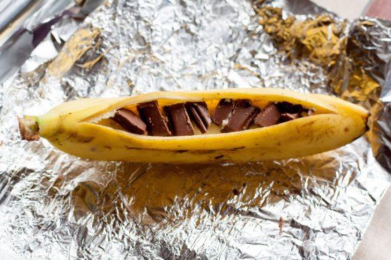 Bananą įdarome šokolado gabalėliais