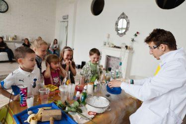 įdomieji mokslo bandymai vaikams vilnius
