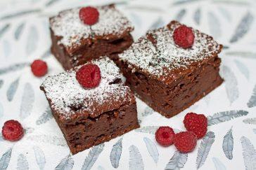 sveikesnis šokoladinis oyragas be riebalų