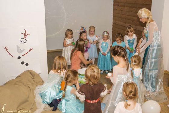 teminiai vaikų vakarėliai elfų slėnis