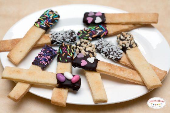 sausainiai u pabarstukais pats tas vaiko gimtadieniui