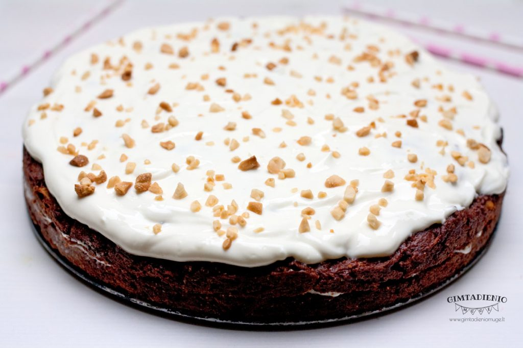 sveikas šokoladinis tortas vaikams