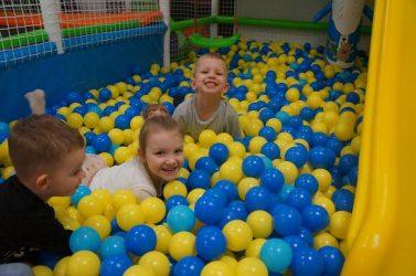 vaikų švenčių kambarys linksmandija