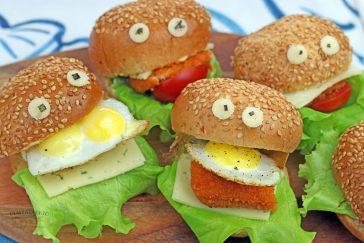 Linksmi mini burgeriai – sotus užkandis vaikų šventei