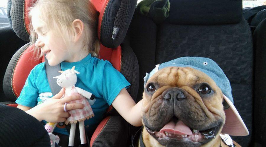 16 žodinių žaidimų vaikam keliaujant automobiliu ar tiesiog atostogaujant