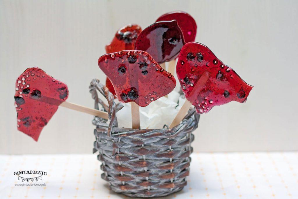 saldainiai iš uogų vaisių