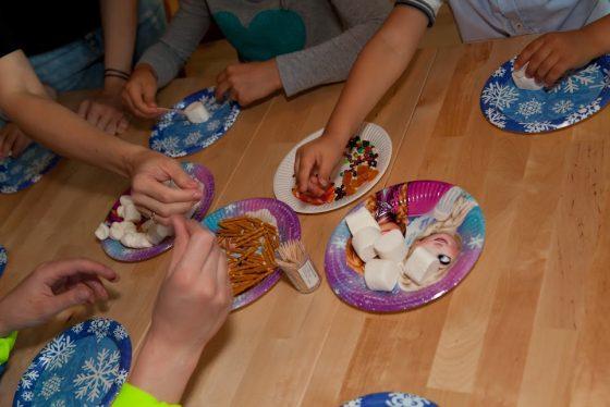 gimtadienis mergaitei frozen maisto gaminimas
