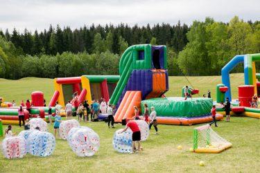 vaikų užimtumas suaugusių šventėse