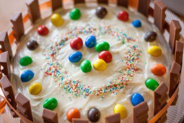 Tortas vaikams su Kinder šokoladukais