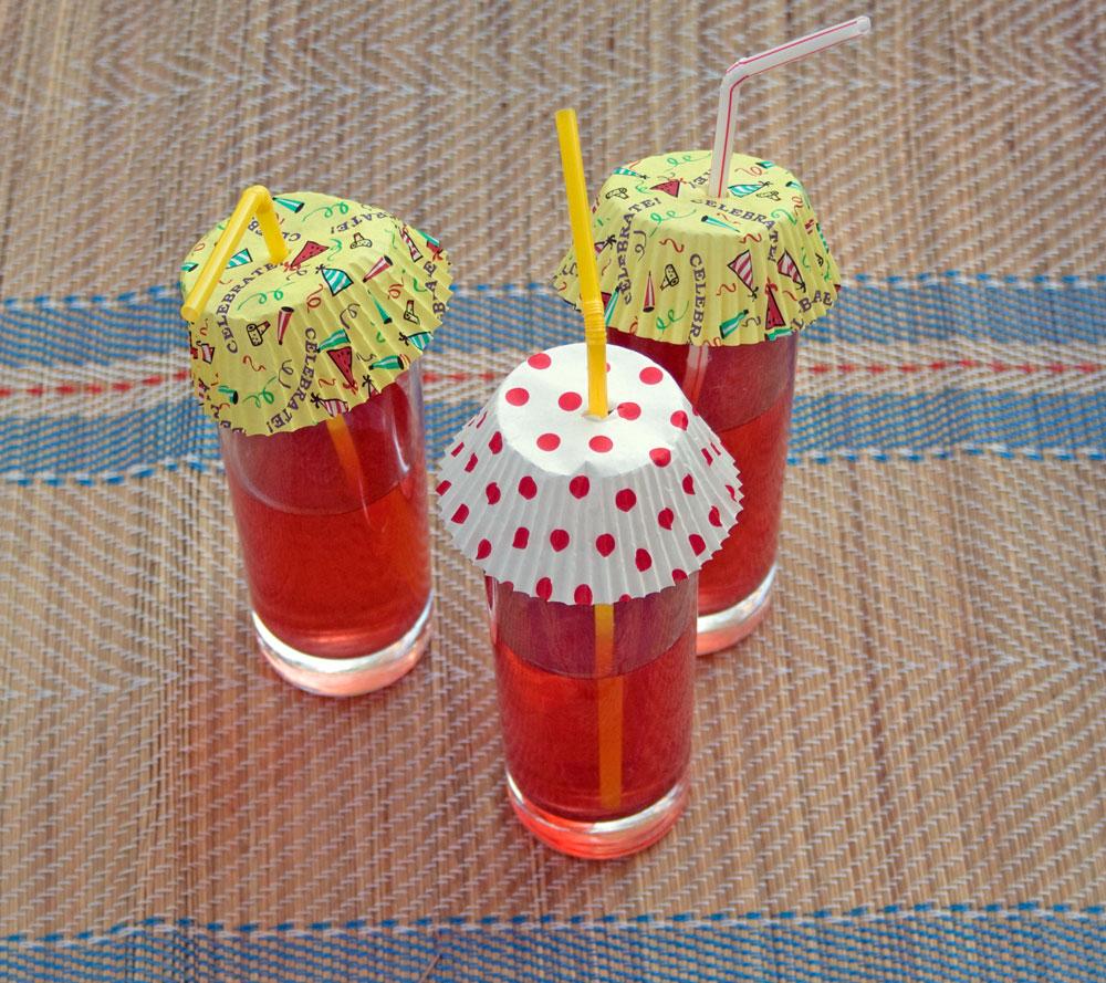 Smagios kepurėlės vaikų gėrimams
