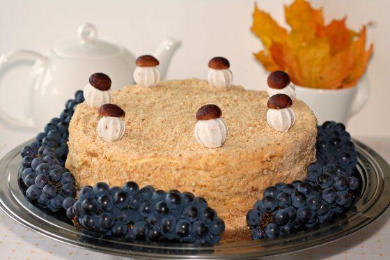 tortas rudeniniam vaiko gimtadieniui