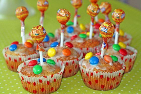 keksiukai-alisos-gimtadieniui-gimtadienio-mugė