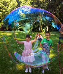 išleistuvės muilo burbulai