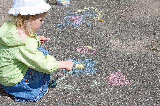 piešimas kreidelėmis vaikams