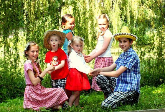 piemenėlių gimtadienis liaudiška šventė vaikams