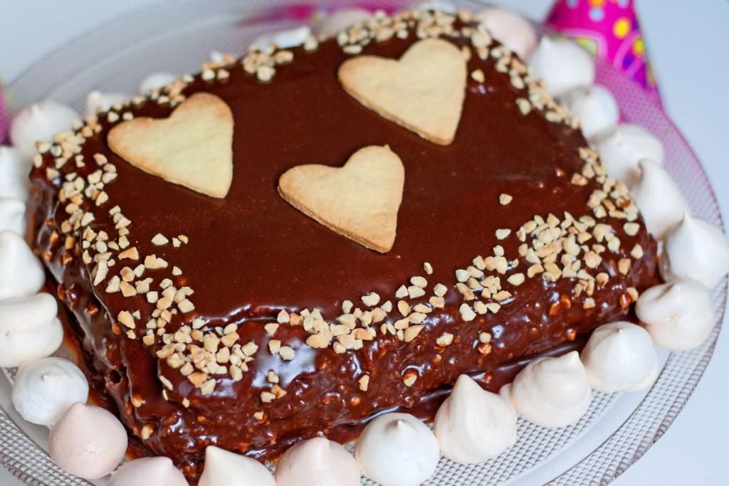 karaliaus svajonė šokoladinis graikinių riešutų tortas