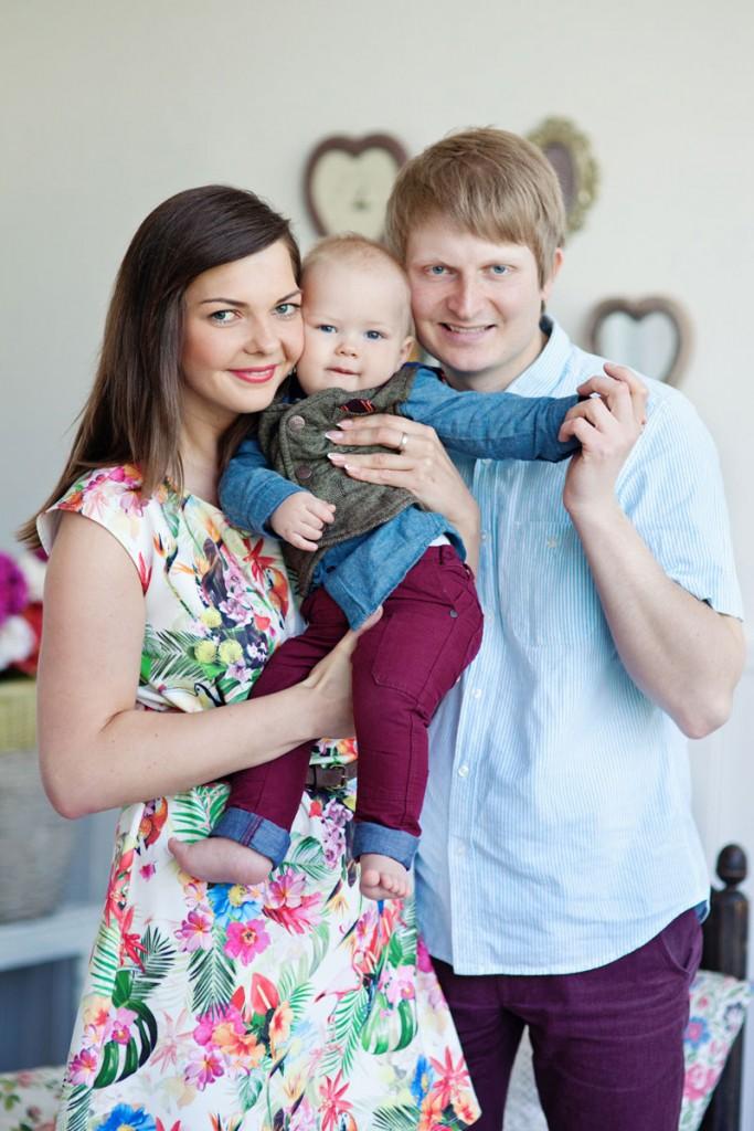 Mažylio studijos įkūrėjai Rita ir Giedrius Griškevičiai su sūneliu Adomu