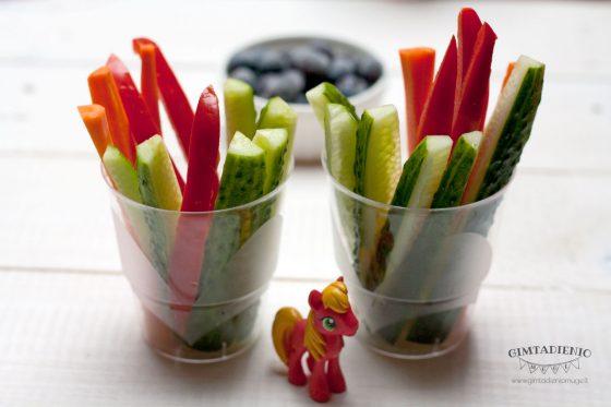 daržovių lazdelės sveikos vaišės vaikams