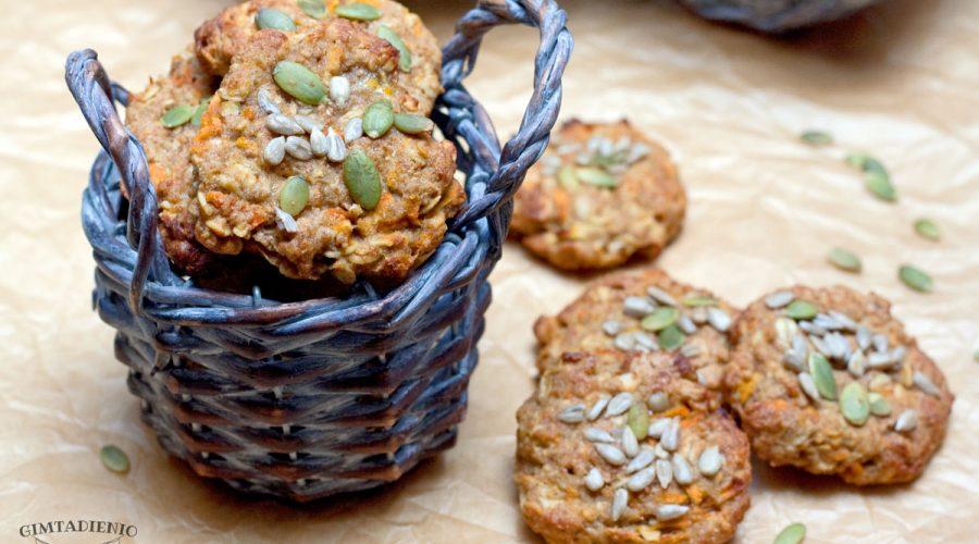 morkų obuolių ir bananų sausainiai užkandžiaujame sveikiau