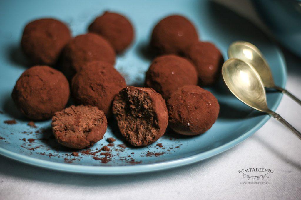 šokoladiniai triufeliai receptas