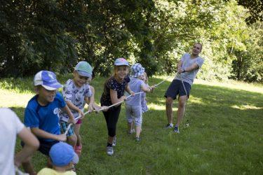 sportiškos pramogos vaikų grupėms