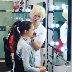 grožio pamokos merginoms