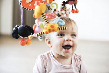 lavinantys žaislai kūdikiams internetu
