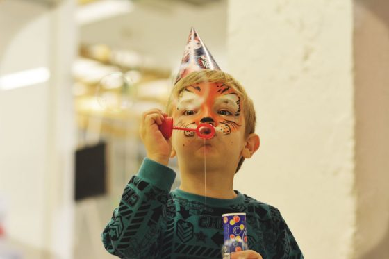 kur švęsti judriems vaikams