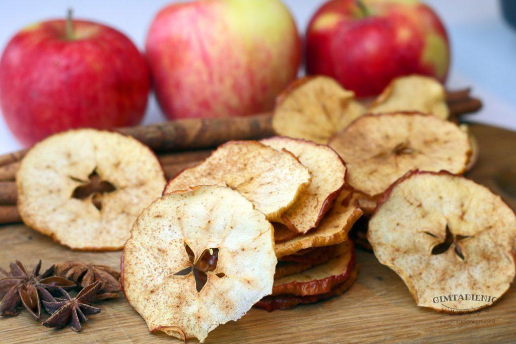obuolių čipsai