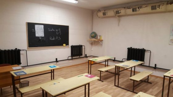 pabėgimo kambarys mokykla klasė