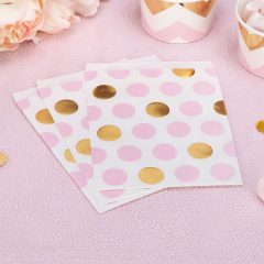 rožinis auksinis vakarėlis idėjos mergaičių pižamų vakarėliui