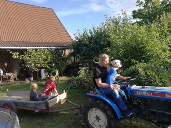 vaikų vasaros stovykla tikrame kaime