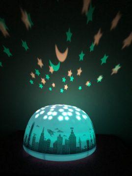 kokybiška naktinė lemputė vaikui