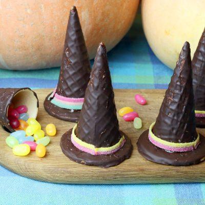 šokoladinės garanų skrybėlės iš helovino saldumynų serijos