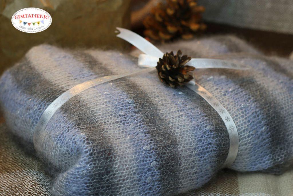 kaip supakuoti dovanojamą mezginį