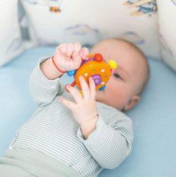kokybiški žaislai kūdikiams internetu