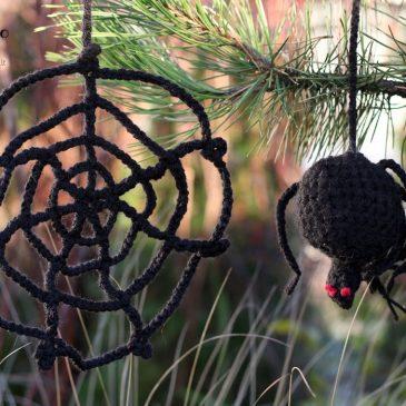 kaip pasipuošti Helovinui voras ir voratinklias